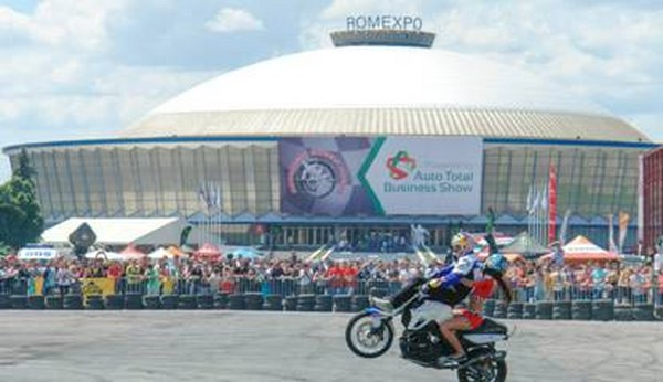 30.000 de vizitatori la Bucharest Wheels Arena 2013  Powered by Auto Total Business Show